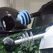 Top: A Goon Eye in Planet of the Daleks Bottom: The Surviving Dalek is identical in shape and the materials used