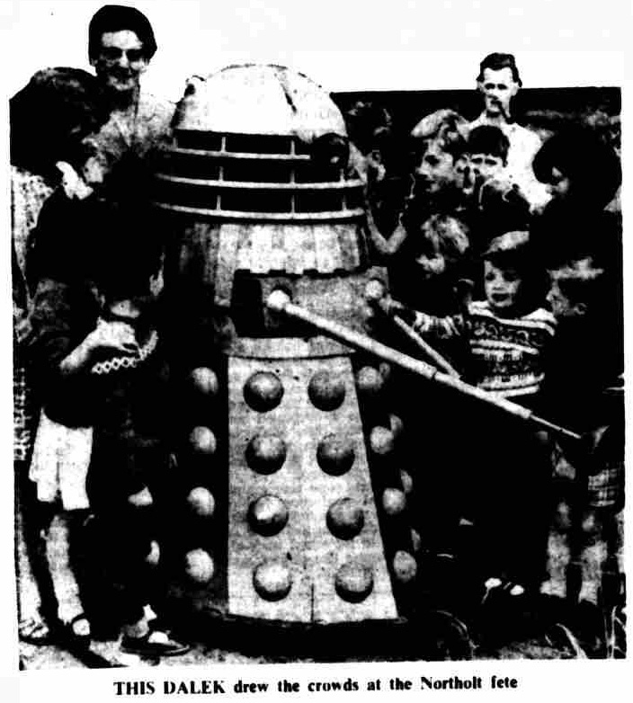 Dalek Seven at the Northolt Fete.
