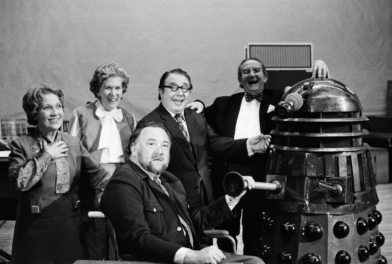 Dalek Seven with the '20 Questions' team.